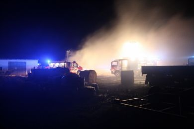 Brandeinsatz Waltersdorf 10-11-2010 Bild 9